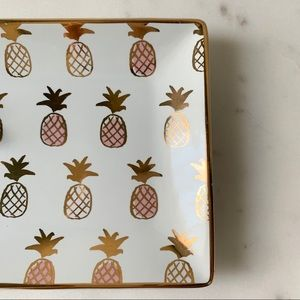 Slant Collections Accents - Pineapple Trinket Tray / Catchall